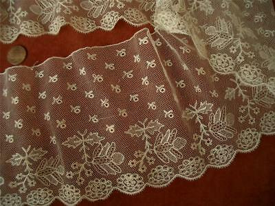 """DAINTY WIDE 47"""" LOOPED SILKY  Antique VTG EMBROIDERY NET LACE FLOUNCE *DOLLS"""