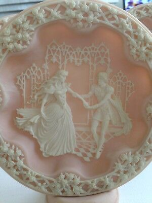 Display Plates Set Of 6 Cameo Style Shakespearean Lovers
