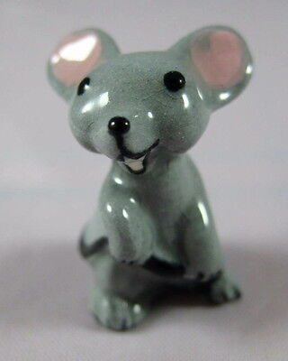 Hagen Renaker miniature made in America Mouse Mama holding tail older version
