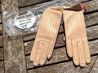 WOMEN'S VINTAGE 70's BEIGE LEATHER BACKED DRIVING GLOVES Size 7