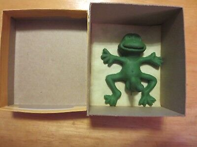 Pet Horny Toad Vintage rubber Novelty Gag Gift - Well Endowed Naughty Frog 1976