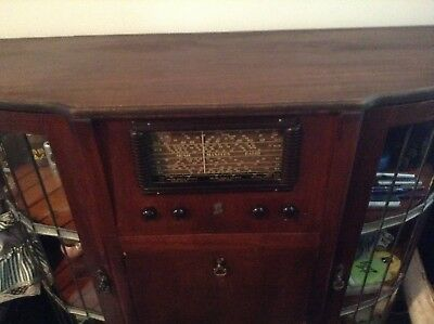 Antique Radiogram With Leadlight Cupboards.