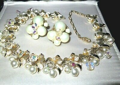 Beautiful Vintage Miriam Haskell style necklace fx pearls crystals & earrings