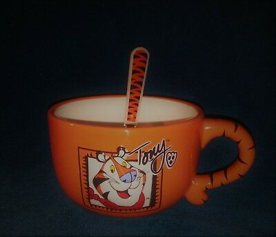 """Kellogg's Tony the Tiger Oversized Mug Soup Cereal Bowl Frosted Flakes 5""""W X 3""""H"""