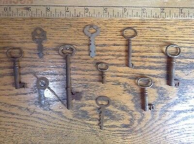 Lot Of 10 Antique Skeleton, Steampunk Keys Cabinet, Padlock, Barrel, Flat Lot #8