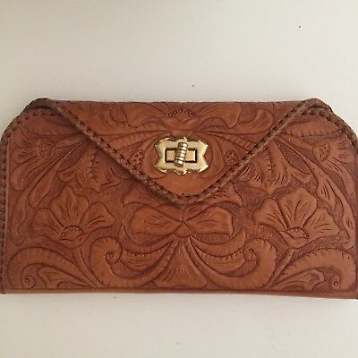 Vintage hand tooled leather purse / wallet / clutch Strong Clasp Boho Hippie