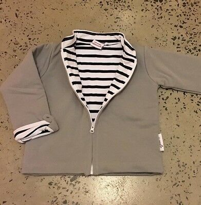Little Zippers Unisex Jacket Size 18-24 Brand New