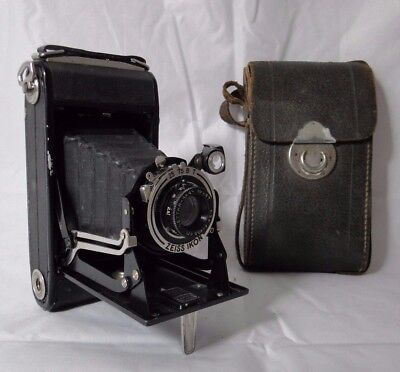Camera Ikonta Zeiss Ikon Model 510/2 1:7,7 F=10,5 Cm With Case B1418