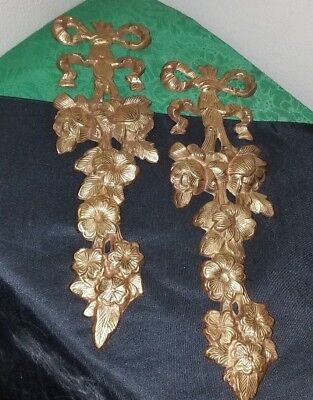 PAIR OF Vintage SOLID BRASS Floral/Bowtie Wall Plaques~Heavy/Lovely!
