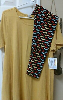 LULAROE  NWT Outfit L SOLID CARLY w/matching TC  Leggings! Glorious match!