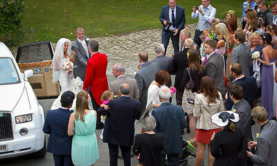 Friendly, Fun, Talented, Experienced Wedding Photographer North West