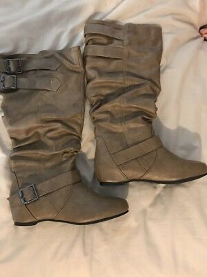 Ladies Boots Tan/brown Size 8
