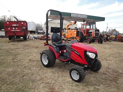 VERY  NICE   2014 MAHINDRA eMax 22   4 X 4   TRACTOR  ONLY 16  HOURS