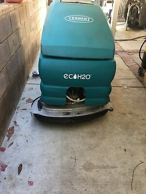 38 in. Tennant scrubber ECO H20