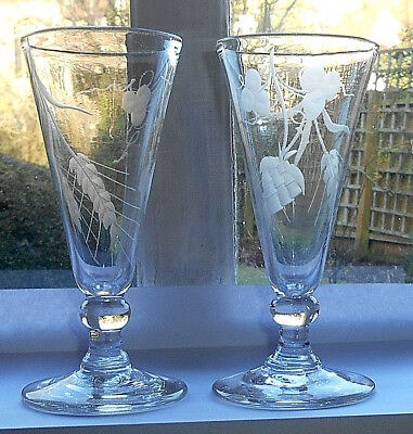ANTIQUE PAIR OF GEORGIAN DWARF ALE GLASSES ENGRAVED HOPS & BARLEY c.1790