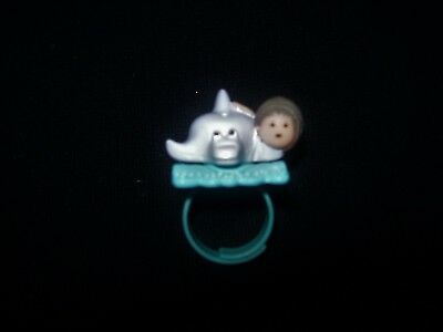 EUC 100% Complete Vintage Polly Pocket Dinkie on her Dolphin Ring 1991