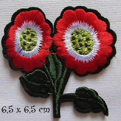 C5124 - Fleur Double Rouge * 6,5 x 6,5 cm * APPLIQUE ÉCUSSON PATCH THERMOCOLLANT