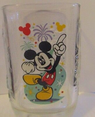 McDonald's Walt DISNEY Magic Kingdom 2000 Millennium Square Mickey Mouse Glass