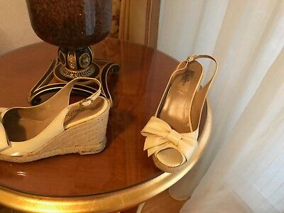 bb84e0634524 VALENTINO OFF WHITE sandals size 38. Made in Italy -  75.00