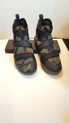 new style 3b123 00ec2 Nike LeBron Soldier 10 SFG GS 845121-022 Camo Black Bamboo Olive Size 7Y