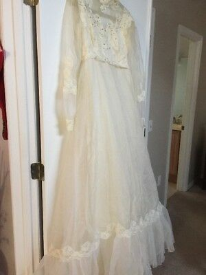 Vintage Victorian Wedding Gown Elegant Possibly 1960's 1970s Small