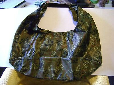 Zumba Satchel Camo New with tags   RARE