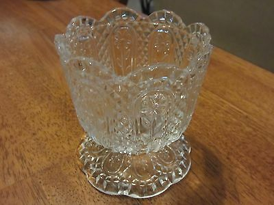 Perfect Vintage Avon by Fostoria Clear Glass Flower Footed Dish Vase Candy