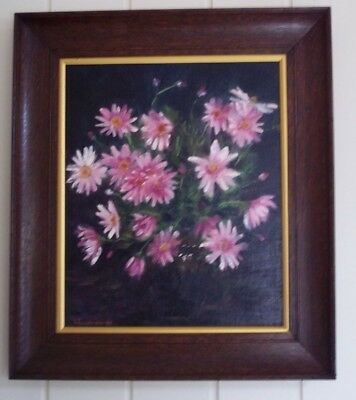 Oil Painting , ' Pink Daisies ' , by Lynda Tomlinson .