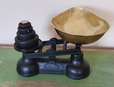 Vintage Cast Iron & Brass Traditional Salter Kitchen Weighing Scales & Weights