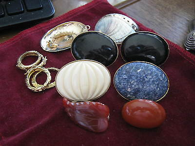 LOT of SEVEN ++ Vintage SCARF RINGS Onyx CARVED CORAL Shell White Blue Red LQQK!