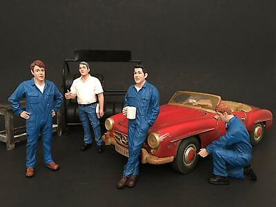 1:18 AMERICAN DIORAMA FIGURE - MECHANIC Set Of 4 - Vehicle Figure By American