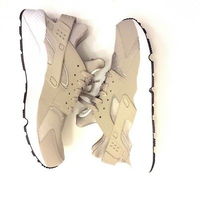 5c0fb45a334e8 Nike Air Huarache Run Sz 11.5 Cobblestone Off White Tan Khaki Beige 318429  040