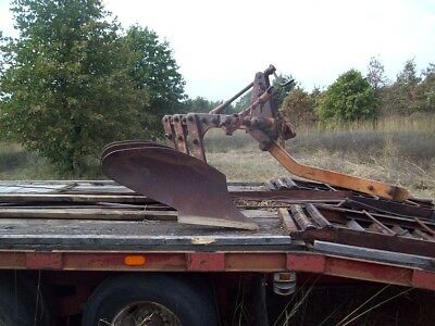 3 Row Bottom Plow - Allis Chalmers