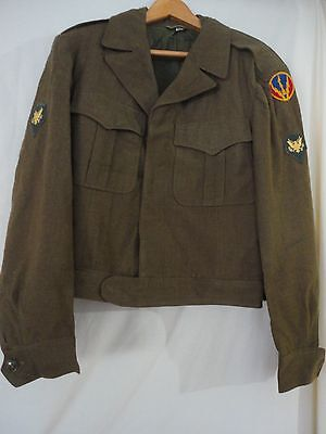 Vintage US Military WWII Air Ike Uniform Mens Coat 38L with patches