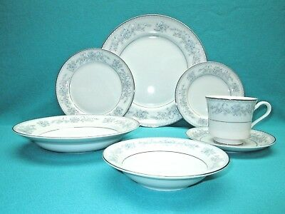 VINTAGE DRESDEN ROSE L9009 7 Piece Place Setting Mikasa Fine China ...