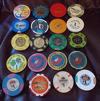 LOT OF 20 mixed casino hotel gaming chips