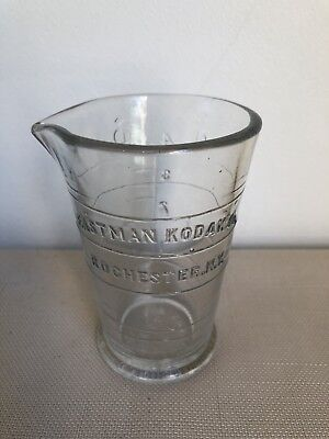 VINTAGE Eastman Kodak Co Rochester N.Y Glass Photographic Measuring Beaker