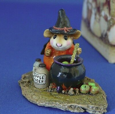 WEE FOREST FOLK M-215 SOMETHING'S BREWING  retired circa 1996-2004