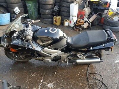 Kawasaki Zzr 600 1997 Spares Or Repairs Starts Good Project Cafe Racer