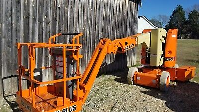 jlg e300 boom liftI can arrange frieght at buyers expense