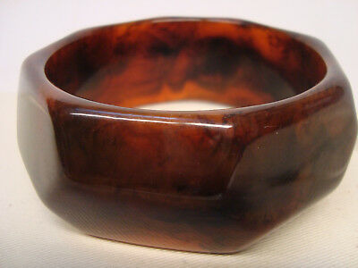 Huge Art Deco French Galalith/Bakelite/Plastic Bangle - Marbled Maroon & Black