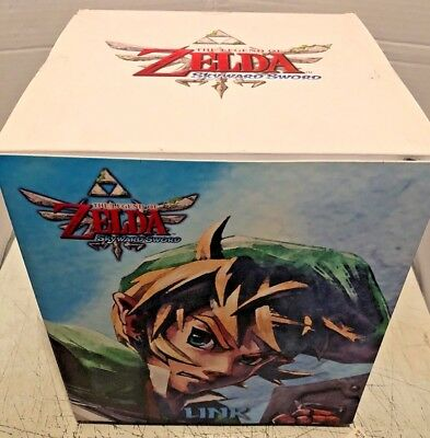 "Legend of Zelda Twilight Princess Link Figure Dark Horse 10"" 2014 Statue NEW"