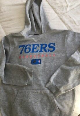 NIKE Boys Phila 76ers Sixes Hoodie Size Youth Large 14-16