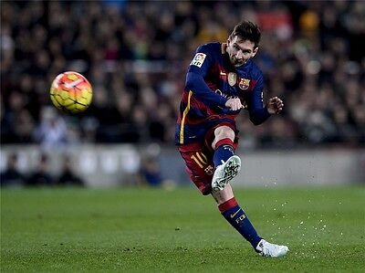 "Lionel Messi - Barcelona Football Soccer Top Player 32"" x 24""  Poster 033"