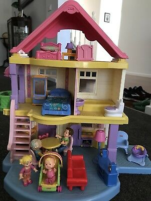 Fisher Price My First Dolls House