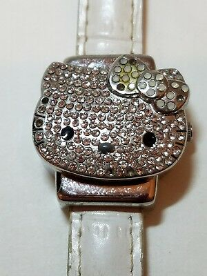 VINTAGE SANRIO HELLO KITTY WATCH White and Silver