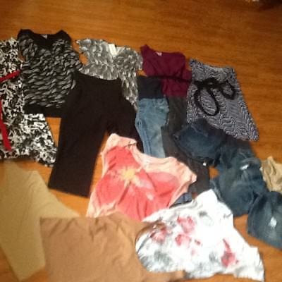 Motherhood Lot Materity Shorts Capris Tops Dress Size Small Nwts Excellent Con