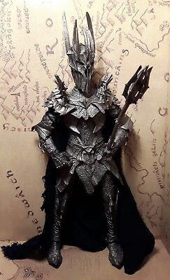 Lord of the rings action figure talking sauron complete with one ring