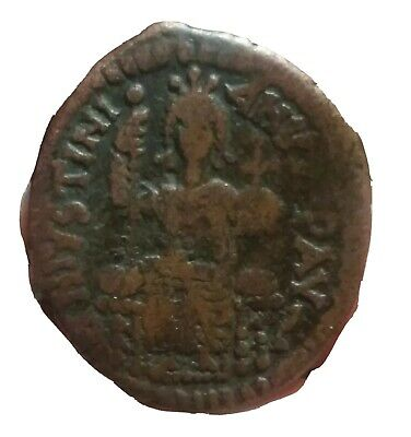 Justinian I Augustus  527-565 AD .Antioch  MINT.  34/29 mm. Justinian enthroned