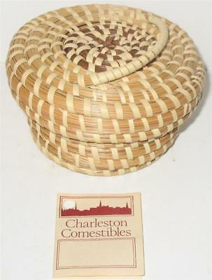 Gullah Charleston, South Carolina Sweet Grass Small Basket with Top & Handle
